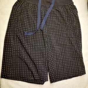 Lululemon - Black/Grey Men's Workout Shorts